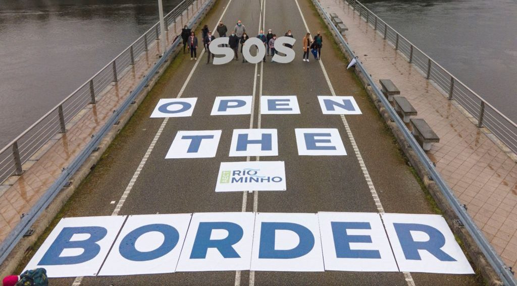 reclama na ponte da amizade a apertura da fronteira