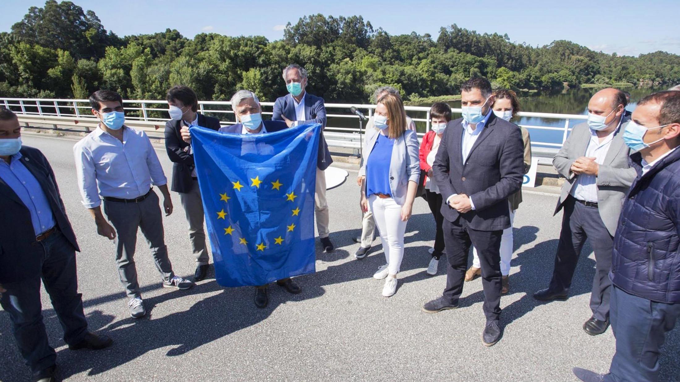 protesta-para-que-abran-os-pasos-para-as-persoas-traballadoras-transfronteirizas